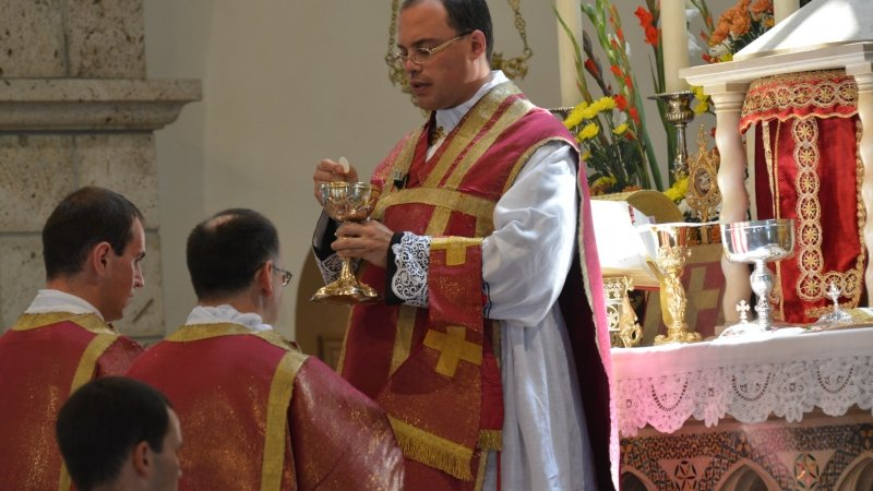 Il 29 giugno don Daniele canta la sua Prima Messa solenne